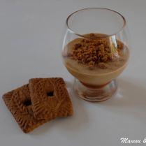 Mousse de spéculoos sur lit de caramel