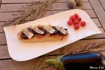 Tartine au caviar d'aubergines et figues rôties