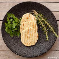 Petits pains plats aux fines herbes (flatbreads de Jamie Oliver)