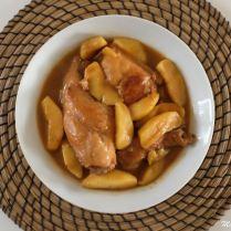 Lapin au cidre, pommes et pain d'épices