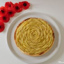 Tarte rosace aux pommes et crème d'amandes