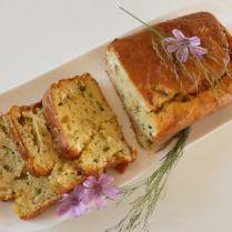 Cake aux courgettes, chèvre frais et noix du Brésil