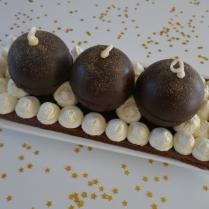 Bûche boules de Noël aux 4 chocolats
